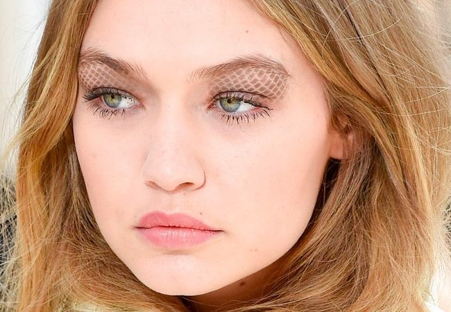 Tendenze di primavera per il trucco occhi: Chanel 2016